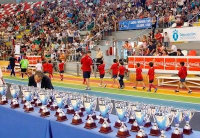 Dos mil niños de A Coruña despiden la temporada de fútbol 8 este Viernes, en un acto organizado por AFAC