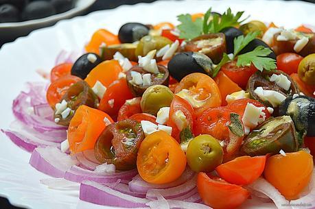Ensalada de cherrys con vinagreta de anchoas