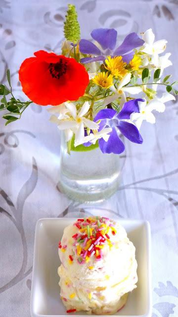 Helado cremoso no-churn sin máquina ni cocción cake confetti