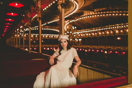 Femenina, elegante toque rebelde... nueva colección vestidos novia Otaduy