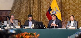 Correa considera gravísima denuncia de injerencia de CIA en Ecuador