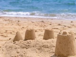 Motricidad fina-gruesa-trabajo-estimular-verano-playa-juegos-blog-maternidad-Madresfera