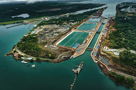Ingeniería civil: Ampliación del Canal de Panamá.