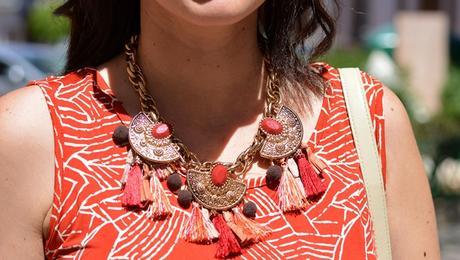 mango-necklace