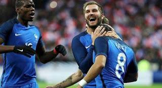 Francia y el doble filo