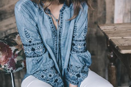 River_Island-Dry_Martina-Boho_Top-Blue_Blouse-White_Jeans-Espadrilles-Outfit-Street_Style-29