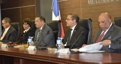 La Junta anuncia nuevos diputados nacionales y al PARLACEN.