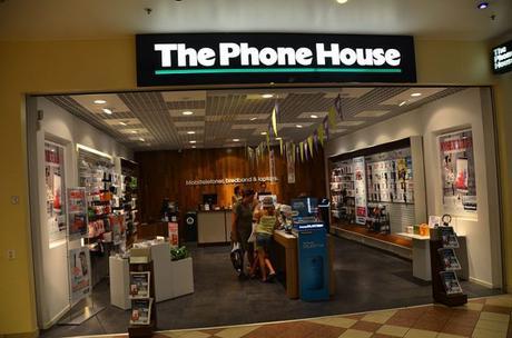 Phone House ya no distribuye más productos de Movistar