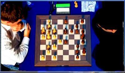 """Magnus Carlsen en el París Grand Chess Tour (2ª vuelta completa del Torneo de blitz a 5' + 2"""")"""
