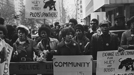 El grupo Panteras Negras fue un actor fundamental para la comunidad negra estadounidense en general y para el feminismo negro en particular.