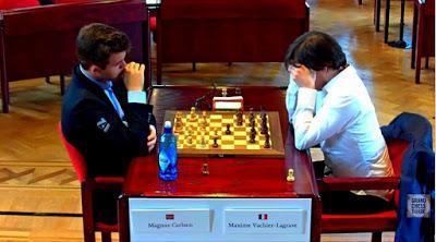 """Magnus Carlsen en el Leuven (YourNextMove) Grand Chess Tour (2ª ronda a 25' + 10"""")"""
