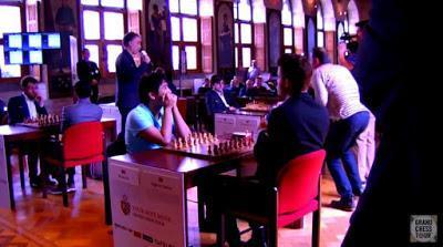 """Magnus Carlsen en el Leuven (YourNextMove) Grand Chess Tour (1ª ronda a 25' + 10"""")"""