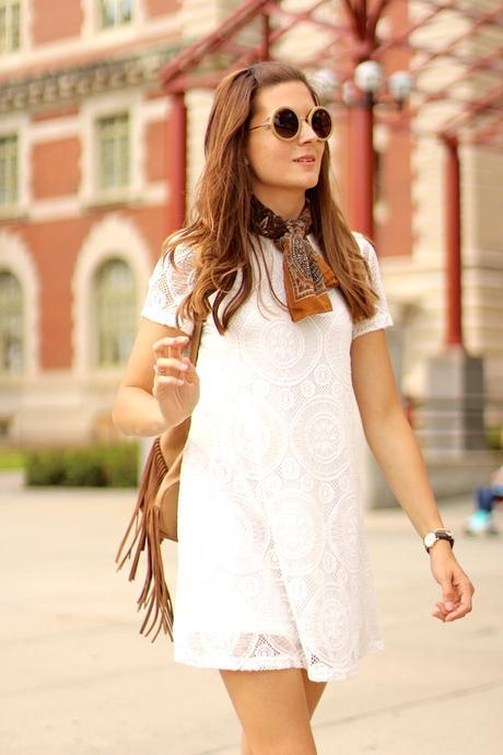 NEW YORK DAY III | Lace Dress