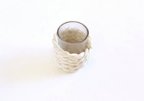DIY transformar vasos en floreros de arcilla