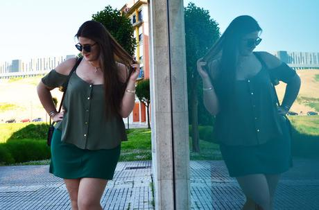 Outfit of the Day ~ Sé Feliz / Be Happy ~ Cut-Out Shoulders