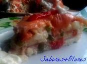 Pastel salado ensaladilla salmón ahumado