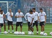 Chivas logra primer triunfo pretemporada
