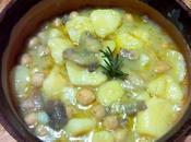 Guiso patatas setas garbanzos Zuppa ceci, funghi patate