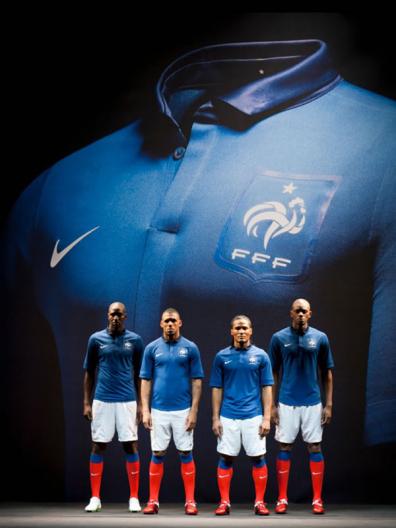 Nuevo uniforme Nike de Francia; 2011-2013 (foto y videos)