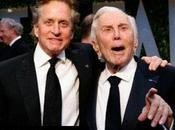 Kirk Douglas agradece Dios hijo Michael supere cáncer