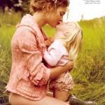 natalia-vodianova-her-family-by-mario-testino-for-vogue-us-3-762x1024