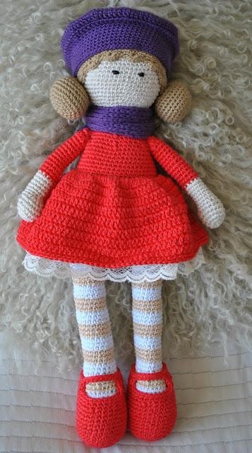Muñeca de ganchillo con vestido rojo - Paperblog 11ecadc53cf