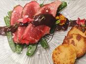 Presa ibérica salsa rioja, medallones polenta tirabeques