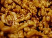 Nueces fritas caramelizadas como restaurantes chinos.