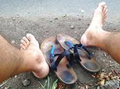 Correr descalzo Incursión veraniega descalcismo.