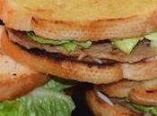 Sándwiches tostados carne
