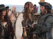 Jerry Bruckheimer habla sobre mujeres pechos auténticos 'Piratas Caribe: mareas misteriosas'