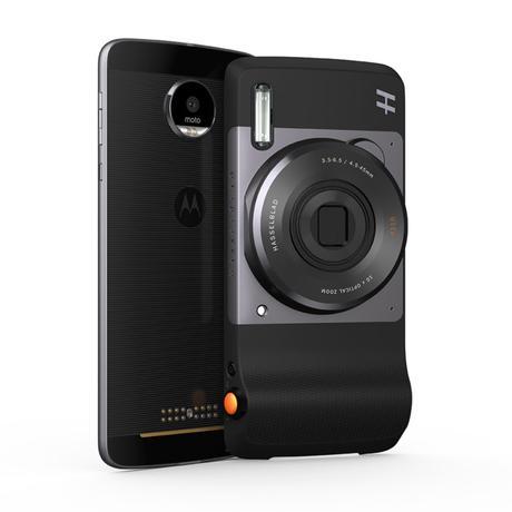 Resultado de imagen de Hasselblad True Zoom convierte los teléfonos Motorola en cámaras compactas