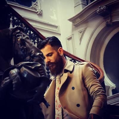 Pipe Content House, Día Mundial de la Barba, barbudos, beard, iyopspeluqueros, beardgrowing, beardlife, lifestyle, Suits and Shirts, beardlove,