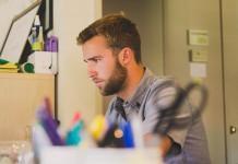 Burnout: Un desequilibro entre necesidades inconscientes y demandas laborales