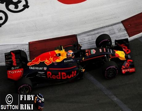 Pruebas libres 1 del GP de Singapur 2016 - Red Bull asusta a Mercedes