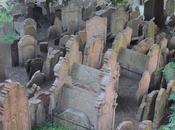Praga; Barrio Josefov Cementerio Judío