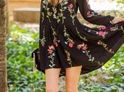 Paque Maria Luisa--- Vestido Bordado