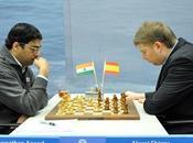 Anand vuelve magistral para medirse shirov