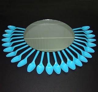 Tutorial hacer un espejo con cucharas paperblog - De que color es un espejo ...