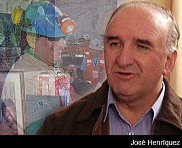 El minero José Henríquez, distinguido por Obama