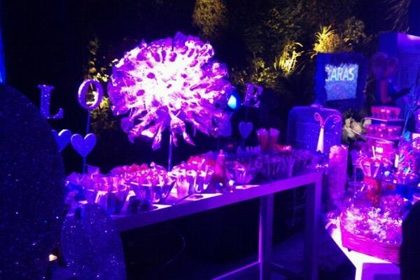 Fiesta Purple Valentine's con Katy Perry por Caras