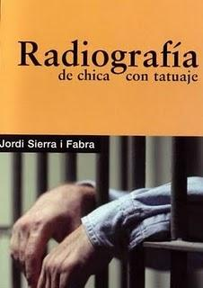 Jordi Serra i Fabra - Radiografía de chica con tatuaje