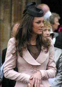 003middletonmos 468x65211 215x300 Kate Middleton, una princesa moderna