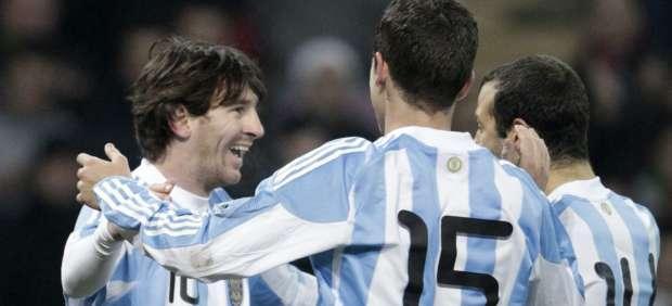 Argentina venció a Portugal sobre el final con gol de Messi