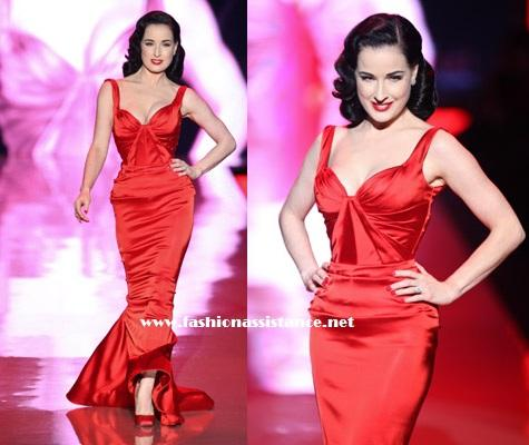 Mercedes Benz Fashion Week, Fall 2011. Dita von Teese y otras famosas desfilan para The Hearth Truth's Red Dress Collection, en NY