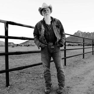 Seasick Steve Keepin' The Horse Between Me and The Ground (2016)