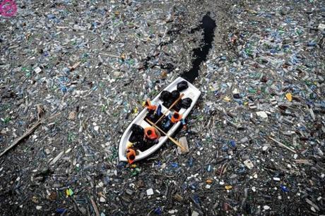 mas-de-plastico-oceano-pacifico-blog-el-barrio-verde-tenerife