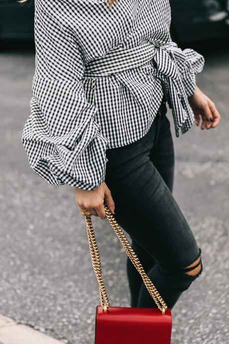 beverly_hills-off_the_shoulders_shirt-plaid-skinny_jeans-ripped_jeans-sincerely_jules_shop-gucci_bag-chicwish-outfit-street_style-los_angeles-collage_vintage-24