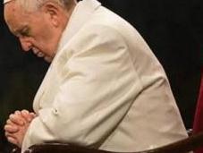 """papa Francisco denunció """"esclerosis espiritual"""" época omite quienes sufren"""