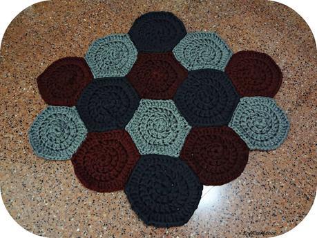 Tutorial alfombra trapillo con muestras de hex gonos multiforma paperblog - Tutorial alfombra trapillo ...